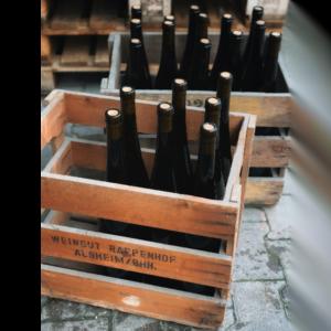 Weingut Rappenhof kistje met wijnflessen